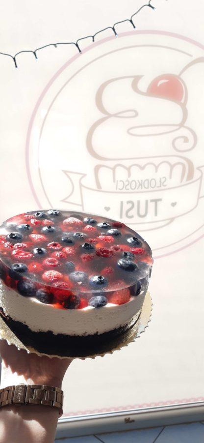 Torcik waniliowy z owocami